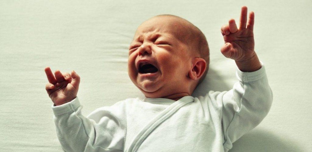 Bébé pleure Thalasso bien être massage bébé spa apaisement relaxation enfants Vosges et Lorraine