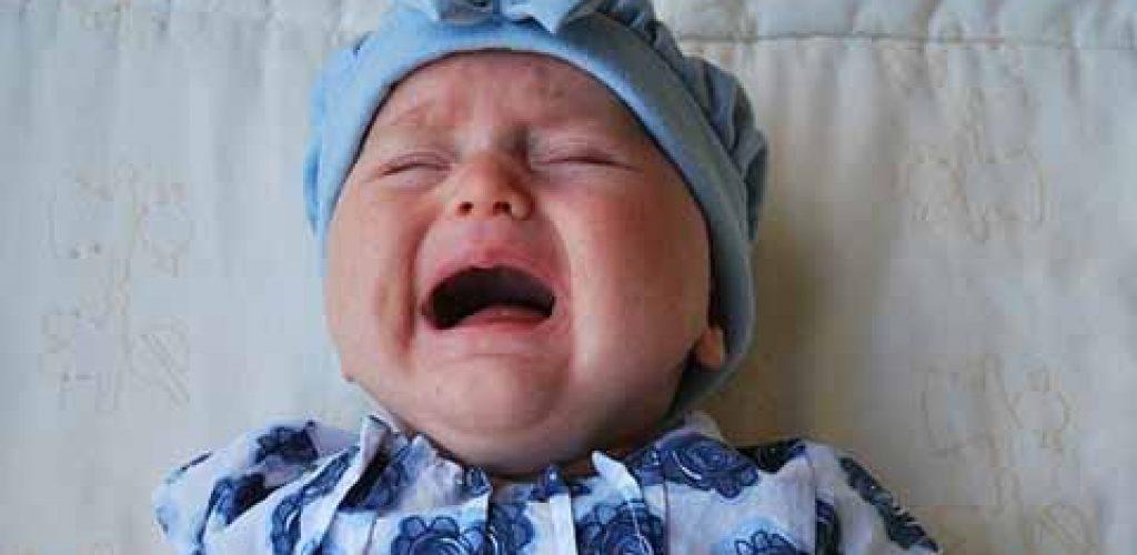 BABI Ces bébés qui demandent beaucoup d'attention et compliquent la vie des parents Bulles de douceur Epinal Remiremont Vosges Lorraine SPA enfants et bébé massage et bien être